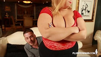 Sexy fat wife minnie mayhem teases and fucking stud tony