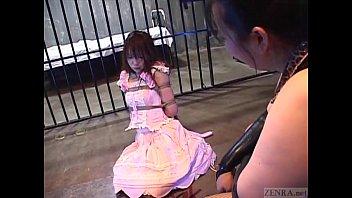 大人しいメイドを拉致して荒縄で縛って恥辱する姿に大興奮!