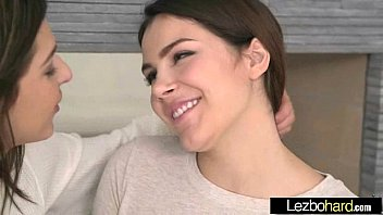 (valentina nappi & leah gotti) girl on girl play with their bodies in lesbo sex act mov-29