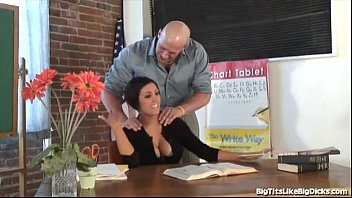 Video bokep online Big Tits Like Big Dicks Dylan Ryder hot 2017