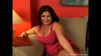 Beautiful big tits chubby honey loves to fuck her soaking wet pussy for you