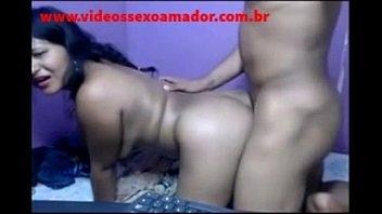 Morena gritando de dor no sexo anal - www.videossexoamador.com.br