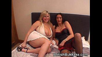 Mature woman Bukkake