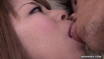 結婚式出席者の前でセックスフェラチオを披露する新郎新婦