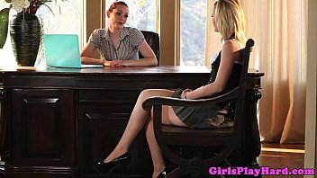 Young lesbian babe eats pussy for a job