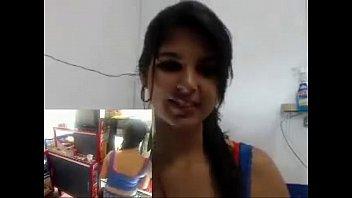 Chavita trabajando en el ciber 05 tanga roja...