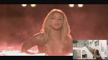 Shakira and rihanna fuck me hard cant remember to forget you parody
