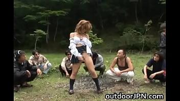 【レイプ】ヤクザを怒らせたギャルJKが山奥に連れられ輪姦される