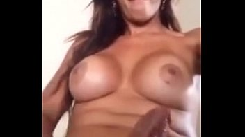 Melissa Fenix mostrando seu pauzão