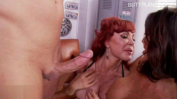 Busty wife cum swallow...
