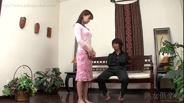 YouPorn-japanese-milf-having-fun-4