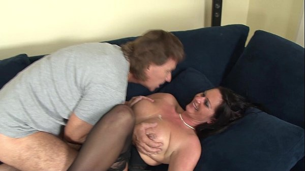 Laureen in a interracial anal threesome