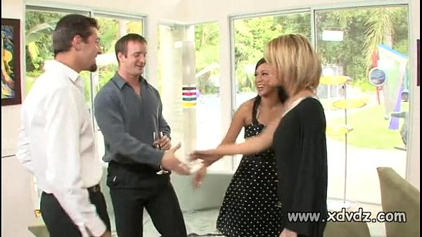 Sexy Housewives Holly Wellin And Kayme Kai S...