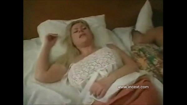 Son fucks sleeping mom Search - XVIDEOSCOM