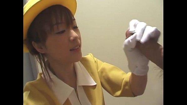 【無】エレベーターガールがエレベーターで手コキガールになりますw 布手袋でやる手コキは気持ち良さそうww 「下へ参りますー。」の件が面白かった笑