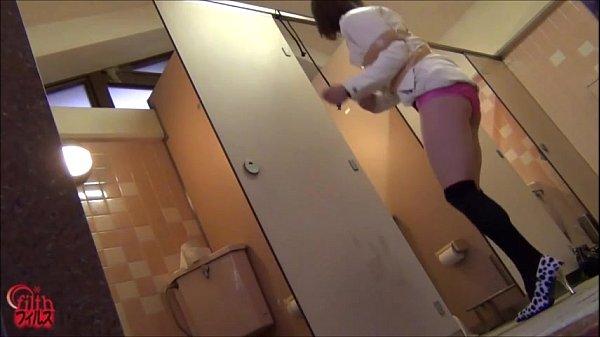 尿意を催した美女を縛ってトイレを出来無くする羞恥調教プレイ
