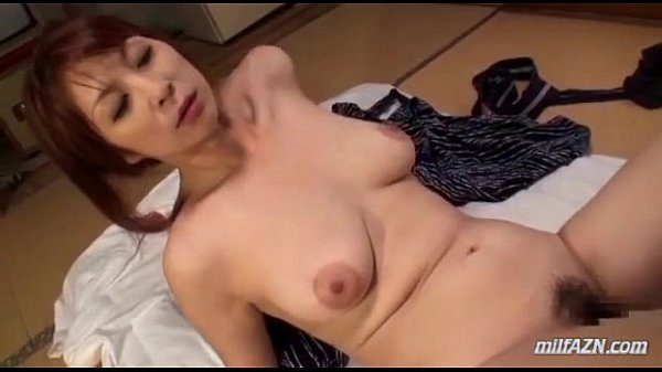 エロエロ熟女と和室で不倫SEX!はげしい手コキとタマ舐めからのフェラ!そして正常位で挿入素人|イクイクXVIDEOS日本人無料エロ動画まとめ
