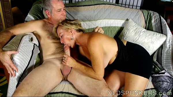 Gorgeous busty housewife loves draining co