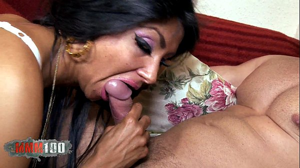 Ivannah (French Milf) - 2 Cock For A HAIRY P...