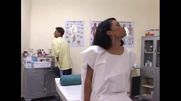 สาวมาตรวจภายในเจอหมอจับเบิร์นซะจนเงี่ยน สรุปเจอหมอฉีดยาด้วยเข็มดุ่นเบ่อเร่อ- 20 Min