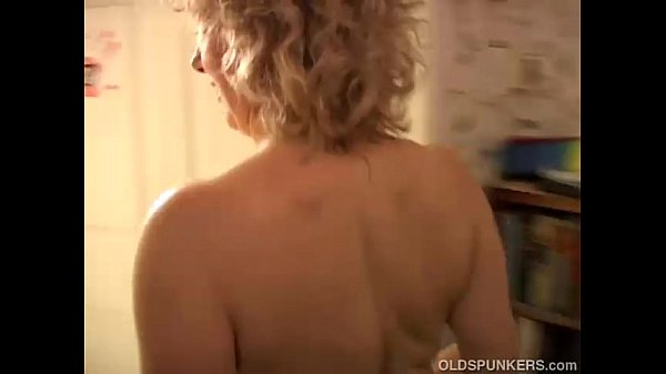 Sexy cougar loves to fuck a younger guy...