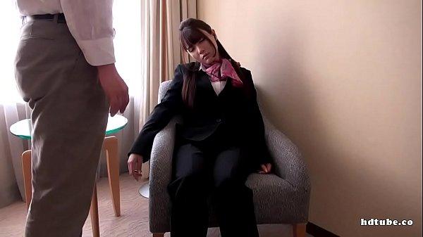 催眠術をかけられて痴女に変身したお嬢様系お姉さんが一心不乱におまんこを触りだすオナニー動画無料