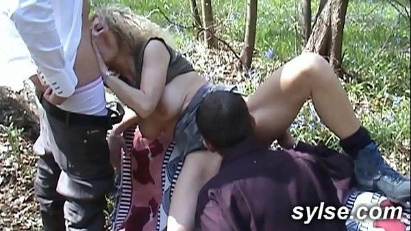 Milfs enseigner aux adolescents comment baiser