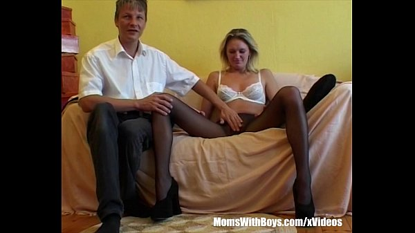 milf blonde in sexy stockings fingered and fucked