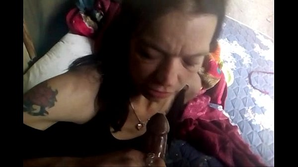 20 dollar hooker blowjob in my car i cum in her mouth 2