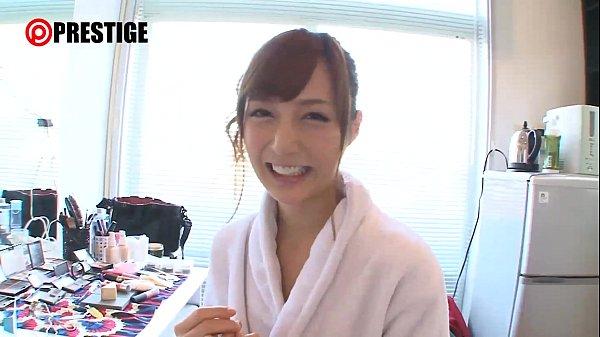 【鈴村あいり】スレンダー美人AV嬢が童貞君の自宅で丁寧にSEXを教えてあげて筆おろし。。。|イクイクXVIDEOS日本人無料エロ動画まとめ