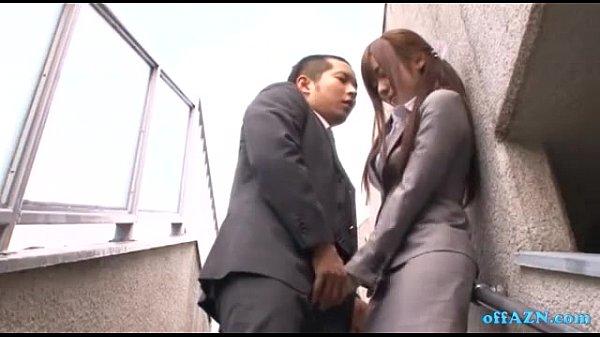 可愛過ぎる美人パンストOL麻倉憂が脅され、フェラで奉仕させられる…