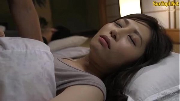 Adolescenta Trezita Din Somn Direct Cu Pula In Pizda Ei Mica Si Paroasa