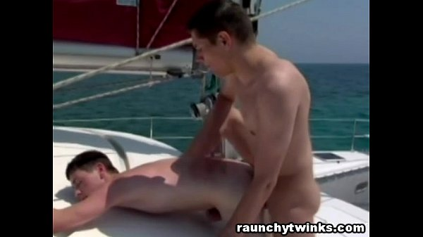 newbienudes gay pics
