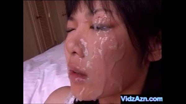 ものすごい量のザーメンぶっかけられて瑠川リナの顔がどろっどろに