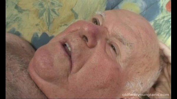 Секс с дедушкой и лесби
