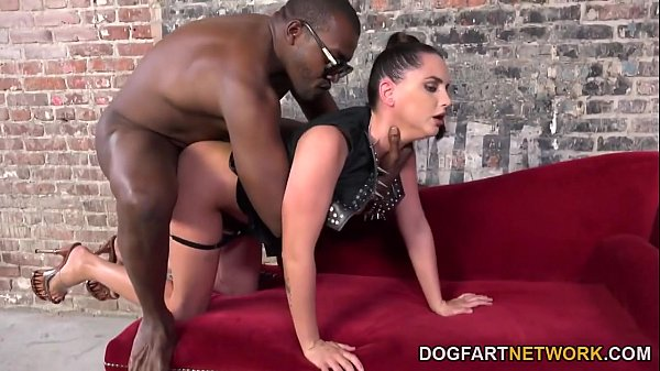 Sexy Babe Hope Howell Tortures Her Husband And Gives Her Warm Pussy To A Black Guy