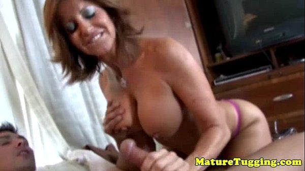 Big latina natural sex tit