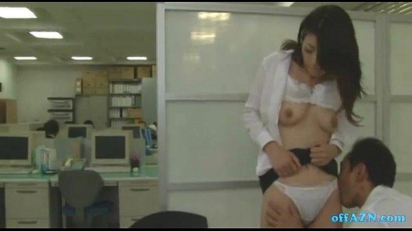 オフィスでセックスをする巨尻な美熟女OL 北条麻妃