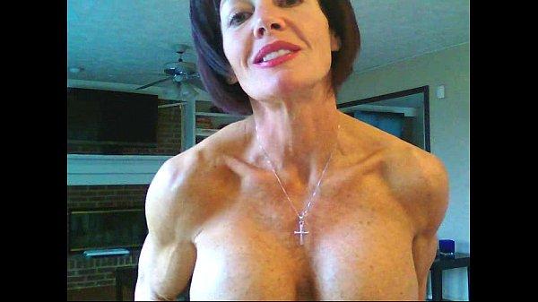 female bodybuilder nude boobs