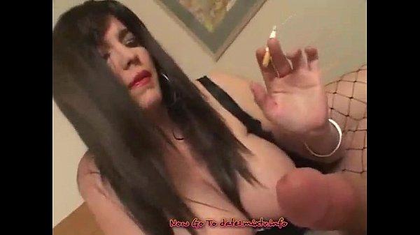 watch sexy brunete fuck and smoke...