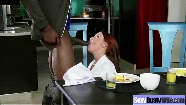 Negão faz Sexo no café da manhã com patroa