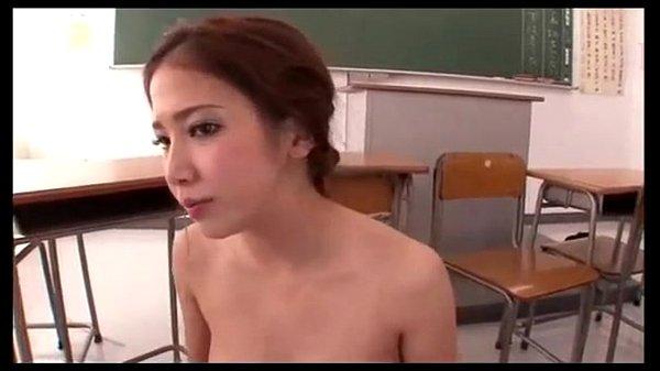 【友田彩也香】反抗的な目つきが逆にそそる、美人教師を囲み強引に犯す男ども