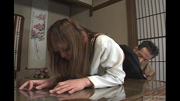 【JKの潮ふき・オナニー動画】制服のJK小娘をチチ親とアニ貴たち三人で輪姦近親ソウカンレイプする