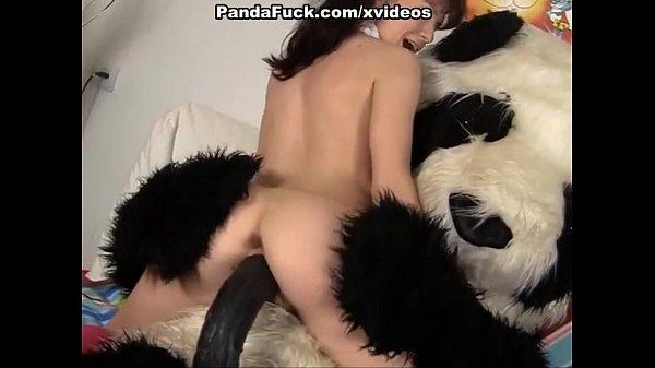 โดนหมีแพนด้าควยเท่าแขนเย็ดอย่างเสียวปล่อยน้ำแตกเต็มหน้าเลยpron Xxx  – 6 Min