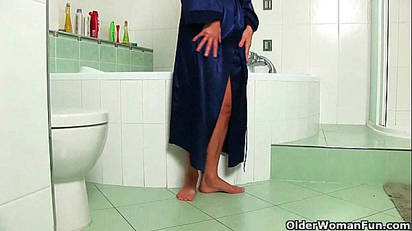 Mom's intimate bathroom secrets...