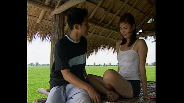 พี่น้อง แอบเย็ดหี ล่อกันในกระท่อม จับน้องสาวปี้กลางนาโคตรเด็ดไม่อายควาย กระแทกแคมจนน้ำว่าวคาหีดำๆ หนังxไทย เด้าท่าหมา