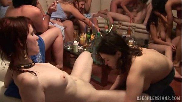 жесткие лесбо вечеринки смотреть онлайн
