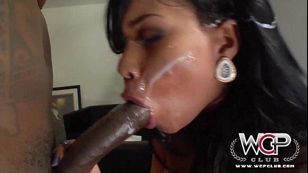 12 min hd porn video Lila on the BBC ride 12 min