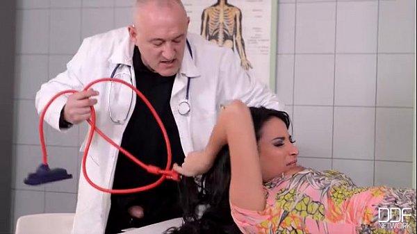,hospital,Anissa,Kate