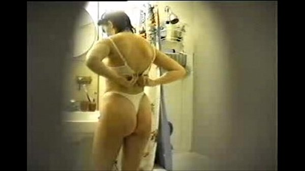 preity zinta nude shower